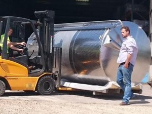 New-Tank-Arrives-at-Lyme-Bay-Winery